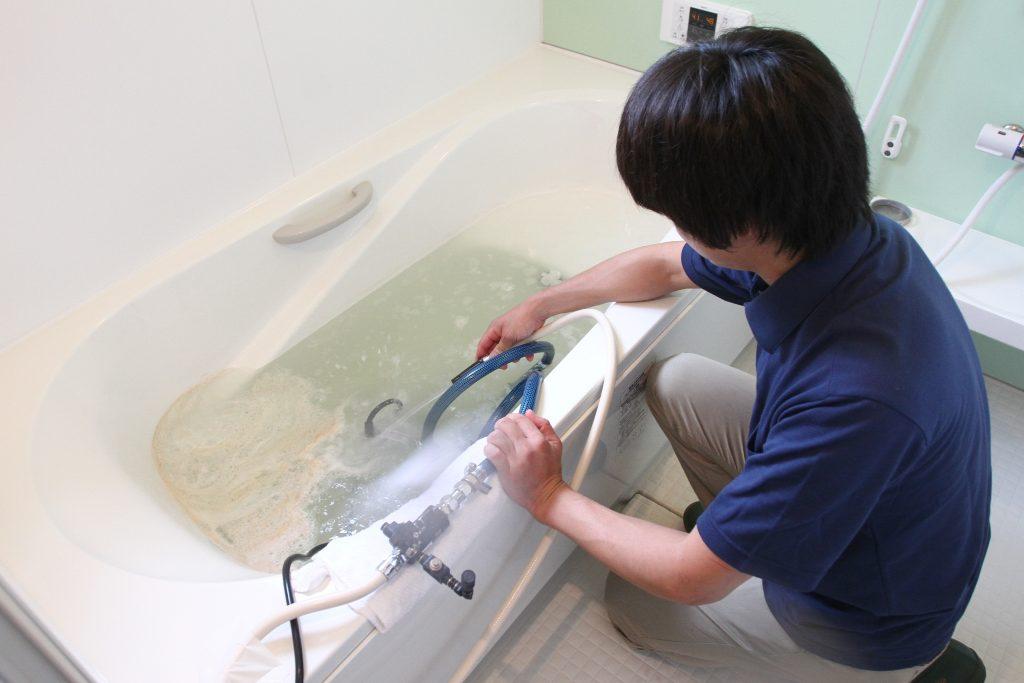 特殊な風呂釜洗浄機材